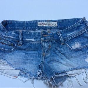 Women's hollister jean shorts-size 3